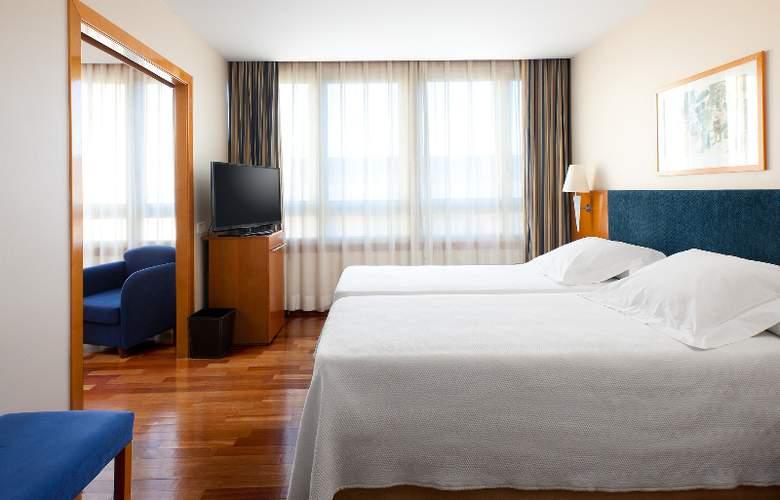 NH Castellon Mindoro - Room - 10
