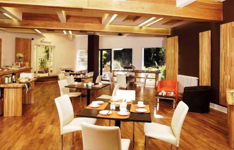 La Cascada Hotel - Restaurant - 5