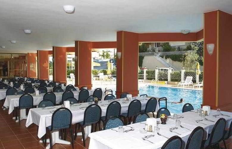 Palm Hotel - Restaurant - 7