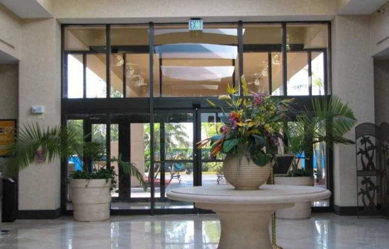 Holiday Inn & Suites Sawgrass Mills - General - 1