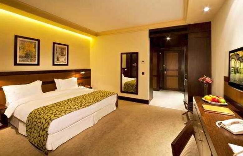 Coral Beirut Al Hamra - Room - 5