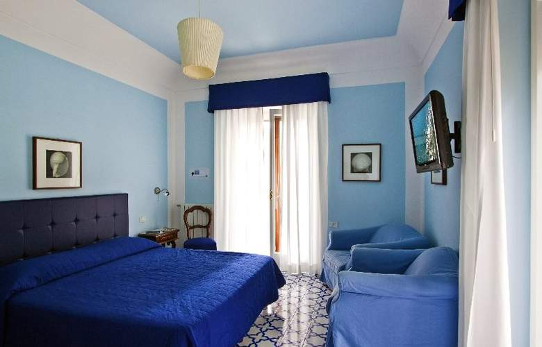 Hotel Mignon - Room - 0