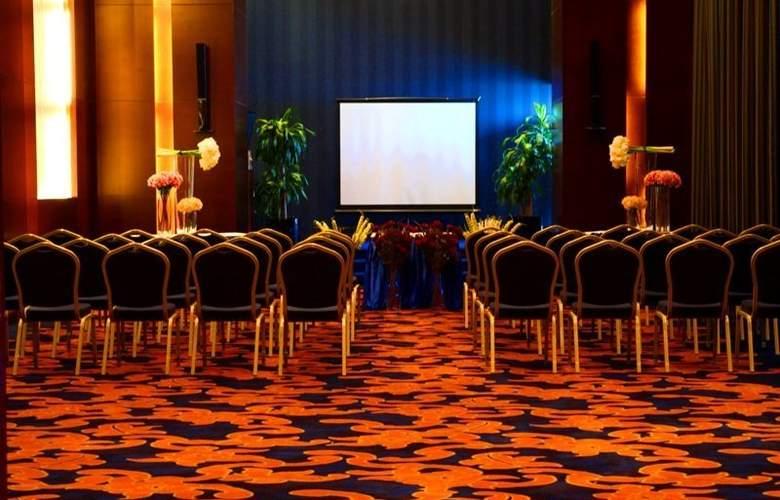 Hani Royal - Conference - 9