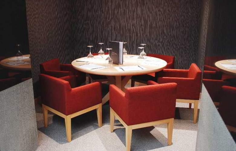 Met Boutique Hotel - Restaurant - 4