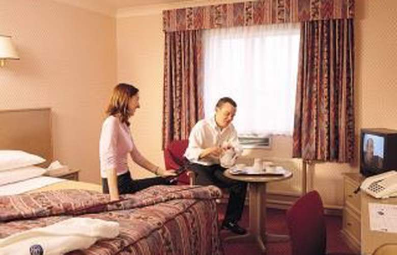 Doubletree By Hilton London Heathrow Airport - Room - 1