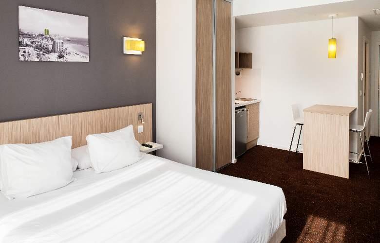 Bluebay City Barcelona Sant Cugat - Room - 8