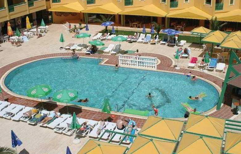 Esra Family Suite - Pool - 6