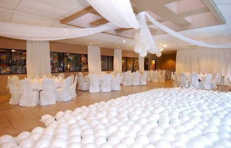 Sheraton Suites Orlando Airport - Hotel - 13