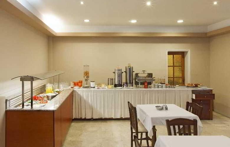 Africa Hotel - Restaurant - 4