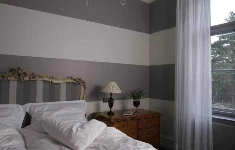Patrick Hellmann Schloss - Room - 5