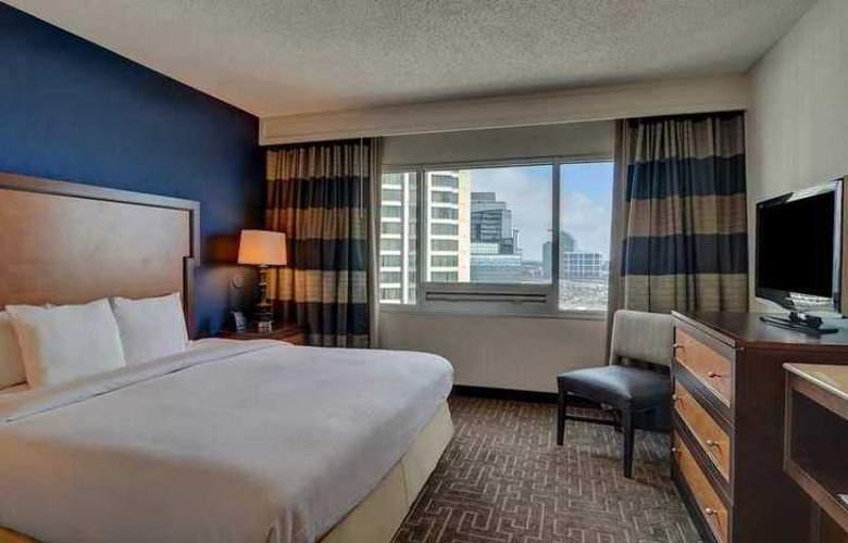 Embassy Suites Atlanta Buckhead - Hotel - 3