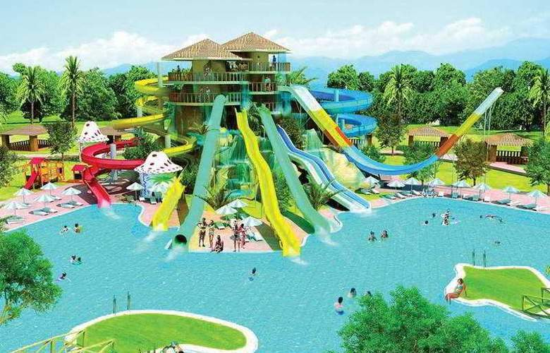 Long Beach Resort - Pool - 5