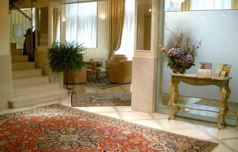 San Luca - Hotel - 0