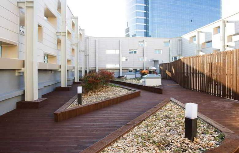 Manu Namdaemun - Terrace - 6