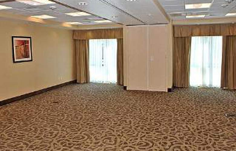 Comfort Suites I-80 W. Of UCD - General - 2