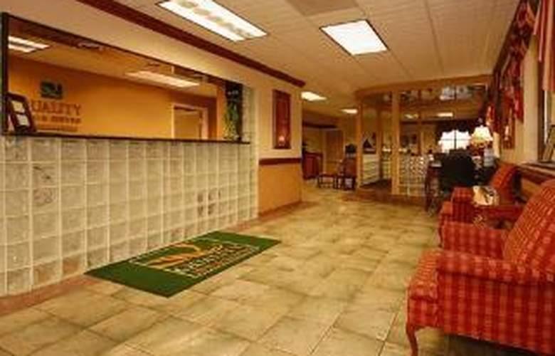 Quality Inn & Suites Ft. Jackson Maingate - General - 4