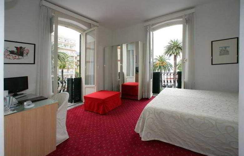 Astoria - Room - 5
