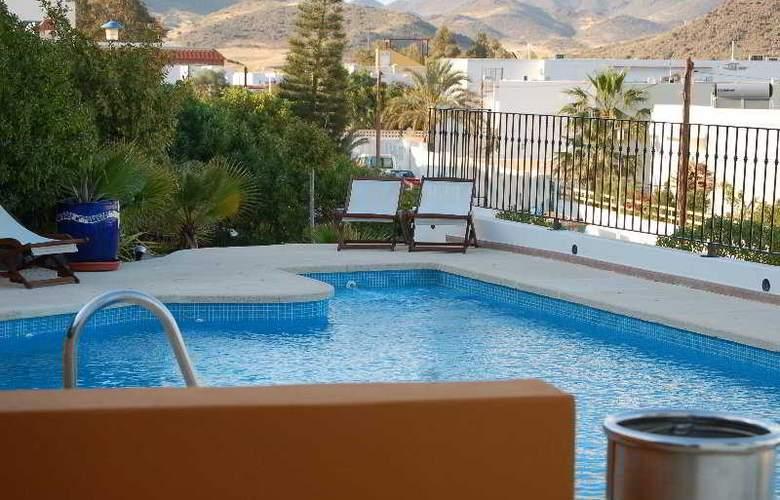 El Dorado - Pool - 17