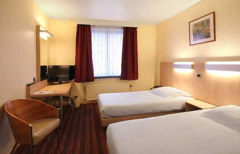 Astrid Centre - Room - 6