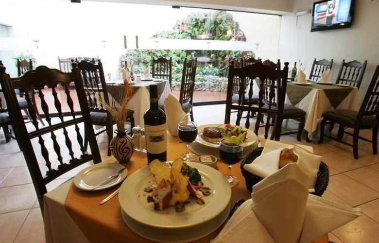 Thunderbird Hotels Carrera - Restaurant - 5