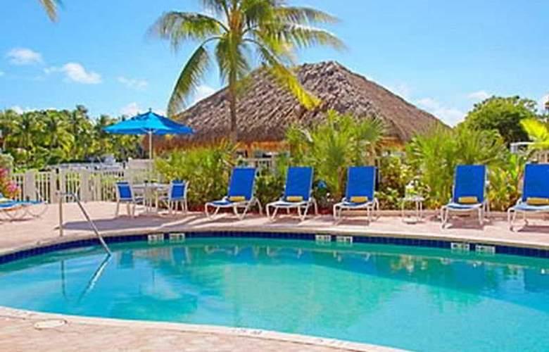 Courtyard by Marriott Key Largo - Pool - 6