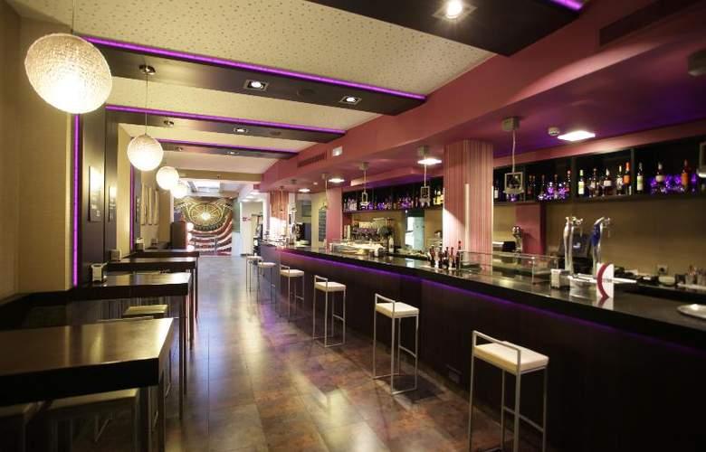 ELE Enara Boutique - Bar - 3