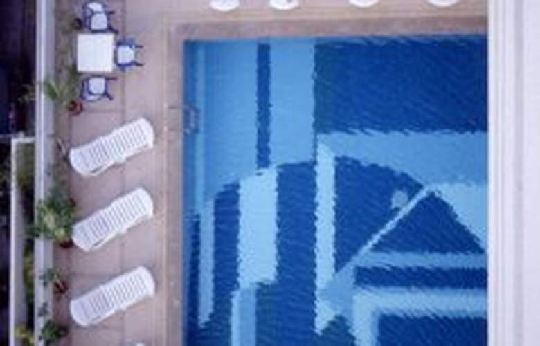 Centara Hotel Hat Yai - Pool - 5