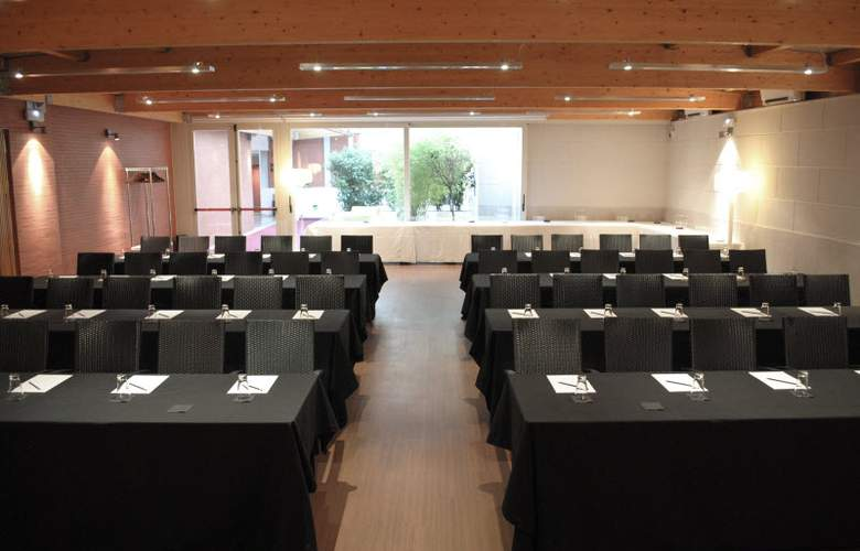 Boutique Gareus - Conference - 27