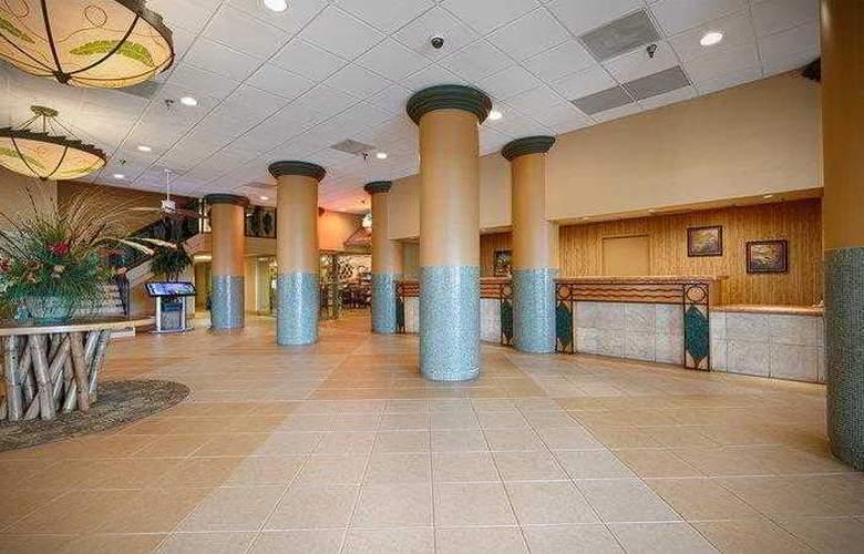 Best Western Plus Orlando Gateway Hotel - Hotel - 37