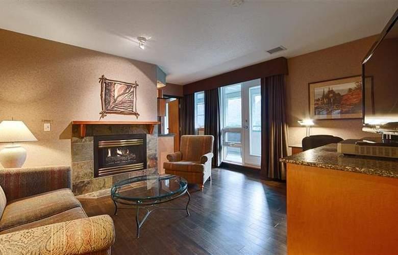 Best Western Plus Pocaterra Inn - Room - 131
