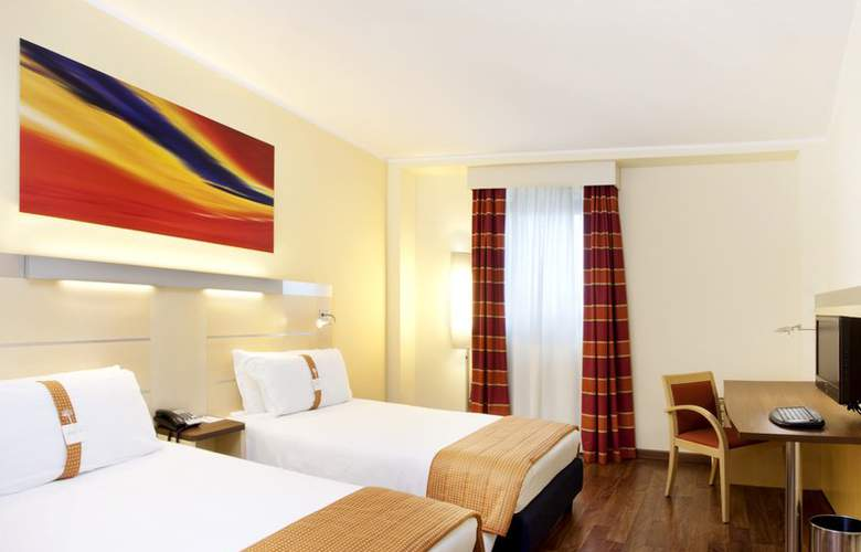 Holiday Inn Express Milan-Malpensa Airport - Room - 12