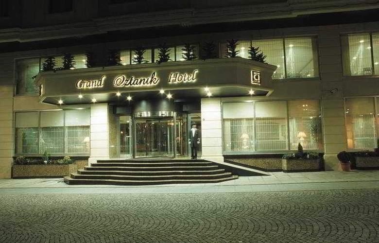 Grand Oztanik - General - 8