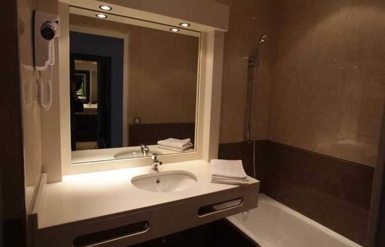 Inter-Hotel Les 3 Roses - Room - 3