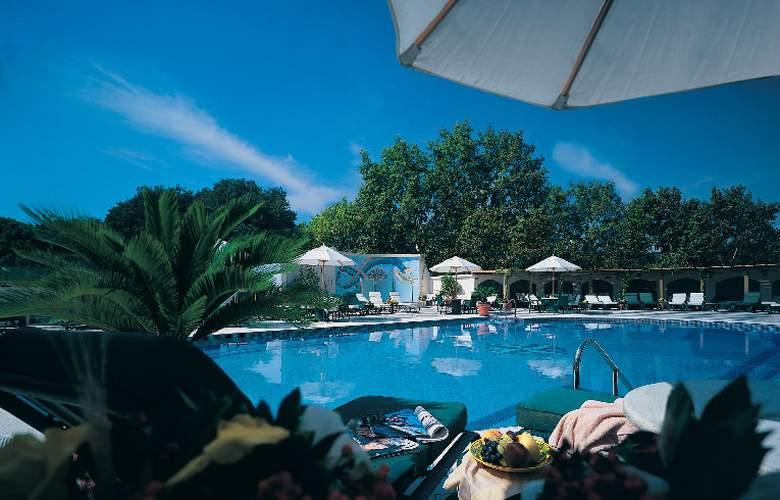 Ceylan Intercontinental - Pool - 5
