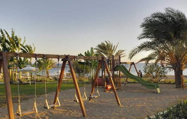 Constantinou Bros Athena Beach Hotel - Sport - 20