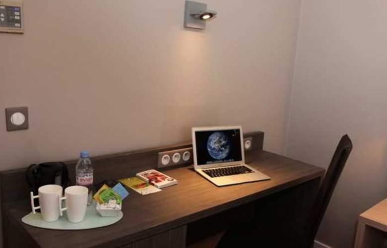 Inter-Hotel Les 3 Roses - Room - 8
