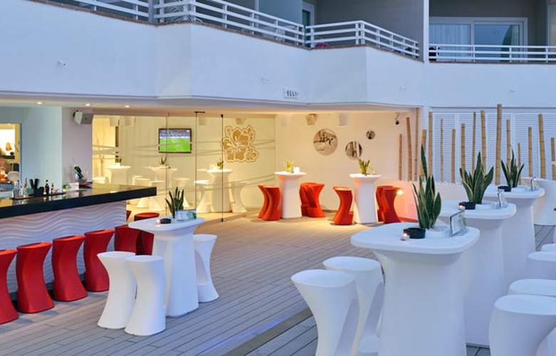 Sol Wave House - Restaurant - 5