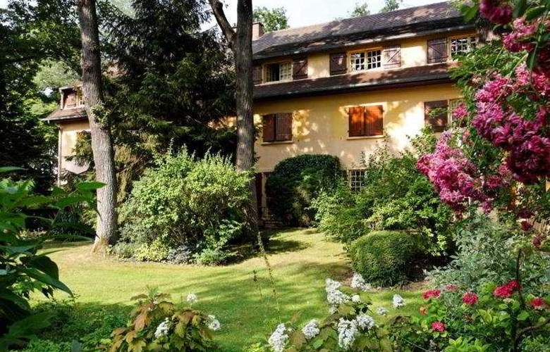 Relais and Chateaux Cazaudehore - Hotel - 0