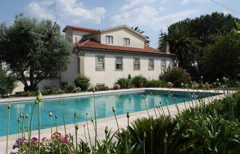 Quinta De S. Caetano - Pool - 2