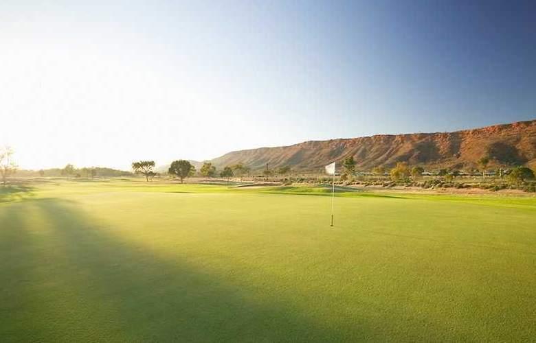 DoubleTree by Hilton Alice Springs - Sport - 7