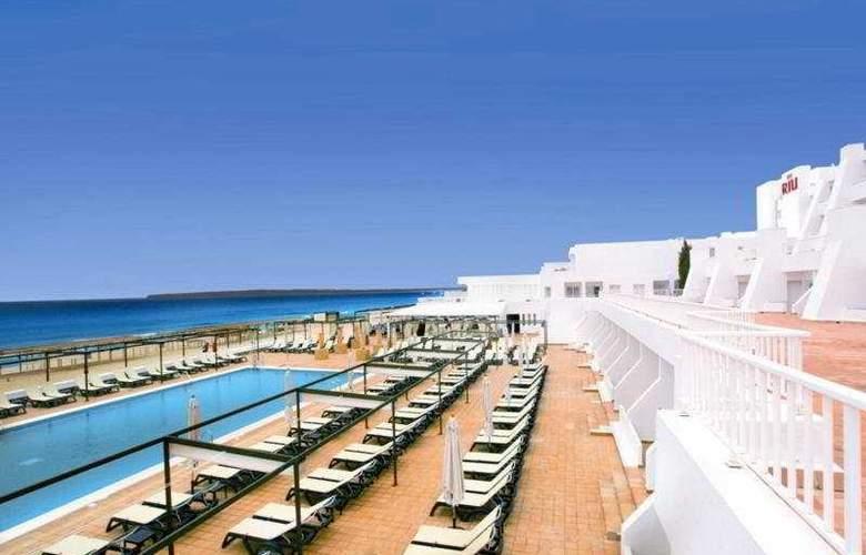 Hotel Riu la Mola - Pool - 9
