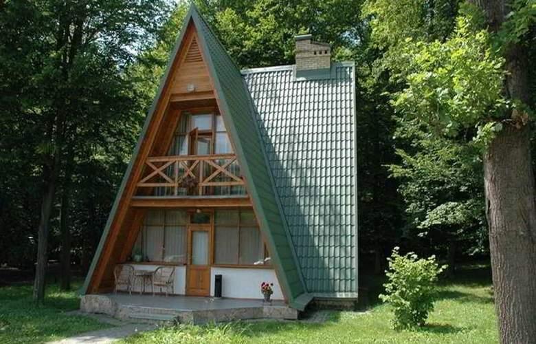 Buhta Vikingiv - Hotel - 0