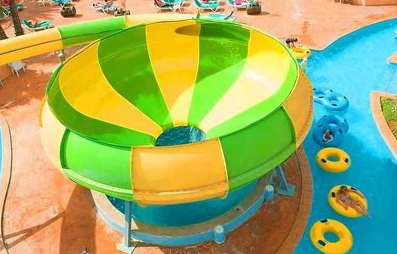 Azuline Marina Parc - Pool - 18