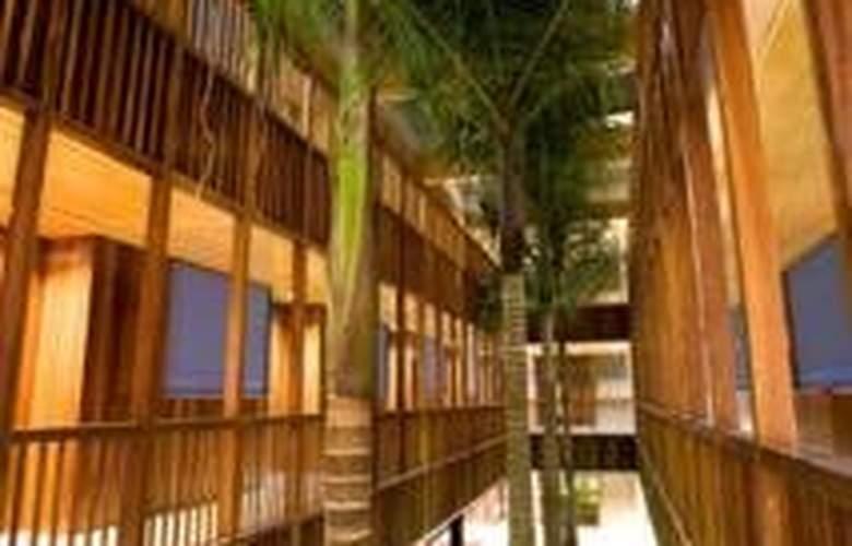 Hotel Escuela Santa Cruz - General - 0