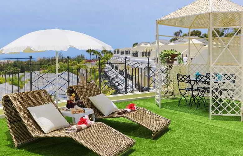 Gran Oasis Resort - Terrace - 13