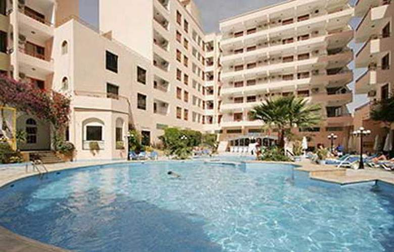 Triton Empire Hotel - Hotel - 0