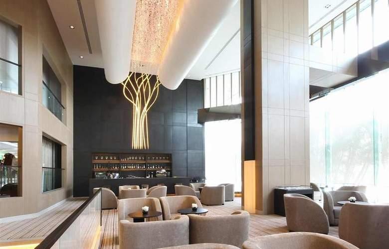 Grand Mercure Fortune Bangkok - Bar - 41