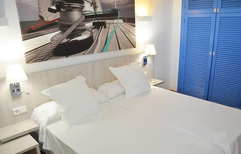 Playasol Tivoli - Room - 13