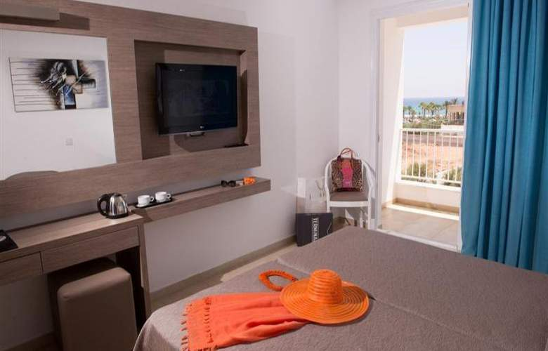 New Famagusta Hotel - Room - 5