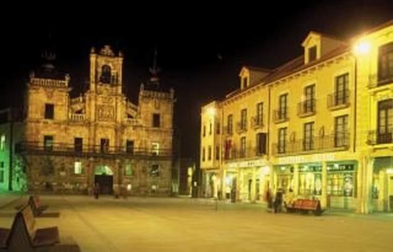 Astur Plaza - Hotel - 0